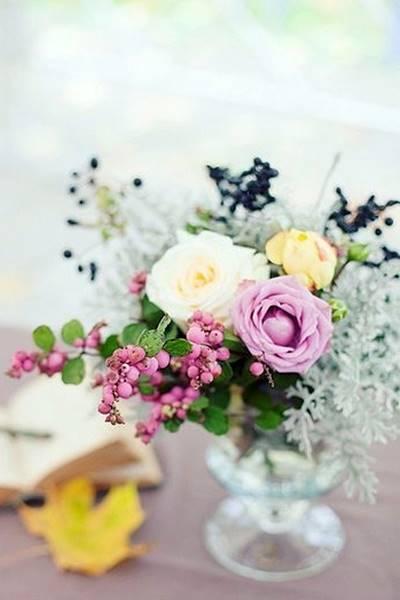 EDISEE-La-boda-con-Diana-Feldhaus-decoración-boda-malva (48)