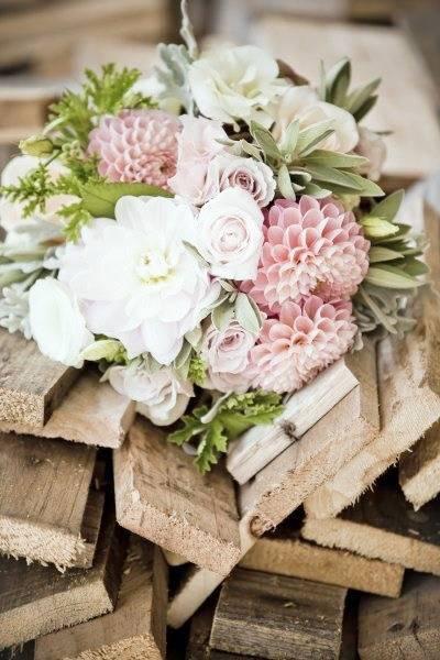 EDISEE-La-boda-con-Diana-Feldhaus-decoración-boda-malva (57)