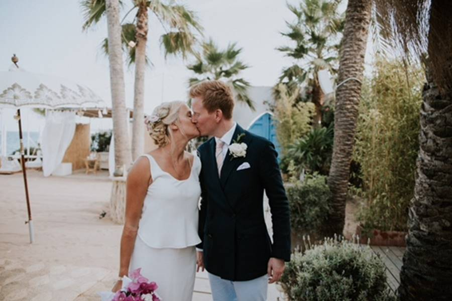 L&C · beach Wedding